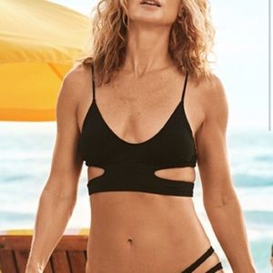 NEW H&M bikini top black 6 36 H and M cut out sexy